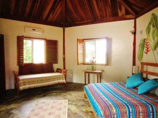 Casa AbundancYah B&B - El Colibri room