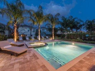 EC111- 8 Bedroom Pool Villa