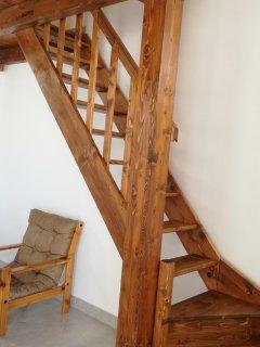 scala del soppalco per accedere alla seconda camera da letto