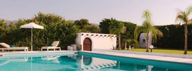 White Diamond Villa with pool