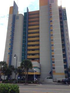 Front view of Atlantica Resort