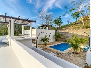 Adorable home w/ shared pool - walking distance to beach and San Juan del Sur