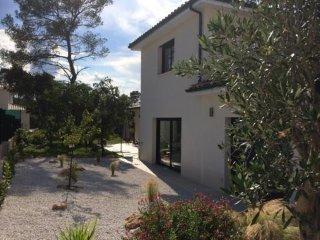 Maison moderne 200 m² Piscine environnement calme