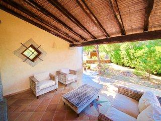 VILLA TERESA 4BR-garden&BBQ&sauna by KlabHouse