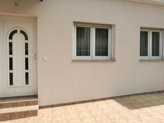 Apartment - 50 m from the beach