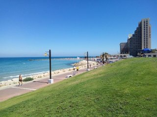 Large apartment near Haifa Beach