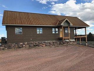 Beautiful New Custom Lake Cabin/Home!