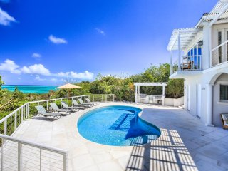 Must See! Luxurious Oceanfront Villa w/private pool, Concierge service *****
