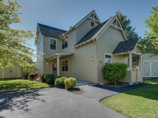 Tudor-style townhome w/ shared pool, hot tub & resort amenities