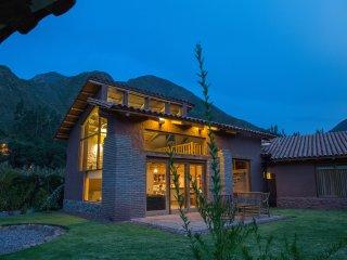 Cozy Cabin in Cusco's Sacred Valley - Urubamba