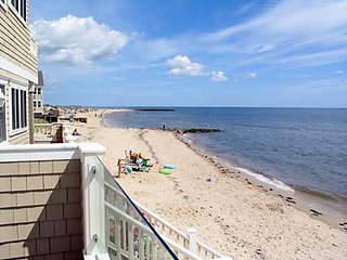 Cape Cod 2 BR Condo at the Beach  Aug 3-10, 2018 PRICE REDUCED FOR FAST GETAWAY!