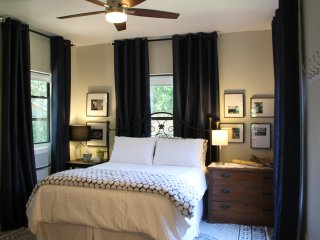 Historic Avondale private guest suite in quiet neighborhood, walk to Boone Park