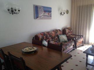 Apartamento a 1 min de la playa de Roda de Bara!