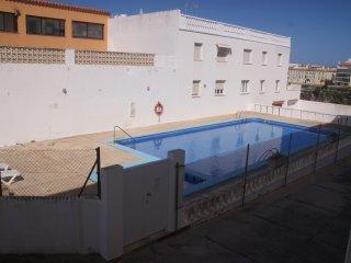 Apartamento En Es Castell Con Piscina
