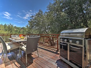 New! 5BR Lake Arrowhead House w/ Hot Tub!