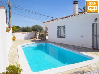 Confortable casa para 6p con  PISCINA PRIVADA +WIFI FREE