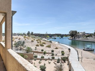 Waterfront Lake Havasu Condo w/ BBQ & Pool Access!
