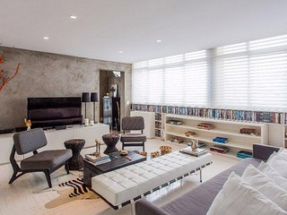 Trendy 2 Bedroom Penthouse in Pinheiros