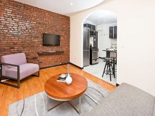Brilliant Gramercy One Bed - LOOK at the furniture - MUST SEE - CORPORATE NEW