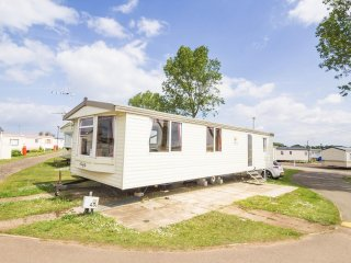 Ref 21036 Althorpe Heacham Beach, 2 Bed, 6 Berth, Wheelchair friendly (Inside).
