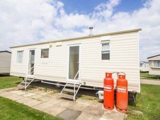 Ref 21004 Felburg, 2 Bed 6 Berth, Dog friendly, Heacham Beach Holiday Park.