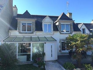 Maison bretonne au calme,totalement renovee a 200m de la mer - jardin & terrasse