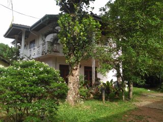Villa SHAN (two stair house with balconies)