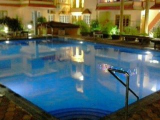 Plush group stay in an apartment with pool, in prime location near Baga beach