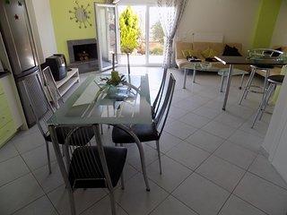 R50 Lux maisonette in Kalithea