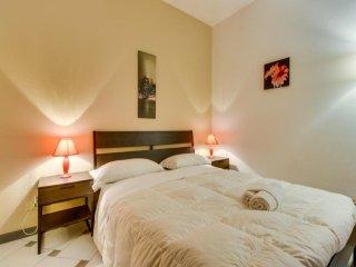 Bright Navona Two Bedroom Apartment