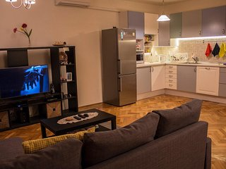 Spaceous 3bedroom apartment (Heroes Square)