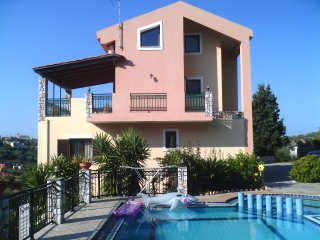 Ano Stalos Villa Sleeps 8 with Pool and Air Con - 5677406