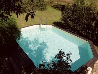 Elegante villa indipendente con piscina e giardino privati in Siena