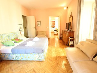 Gregoriana Apartment