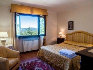 Villa nel Cuore della Toscana con Piscina Privata tra Arezzo e Firenze
