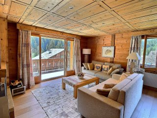 Champery Apartment Sleeps 6 with Pool and Free WiFi - 5628430