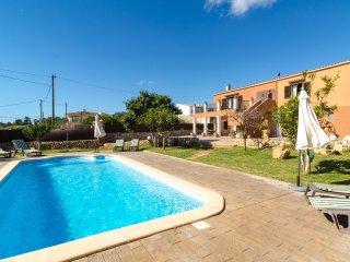 CA NANTONIA DOTZE - Villa for 12 people in s'Horta