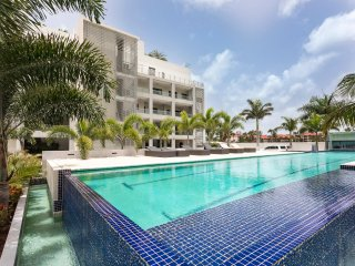 ★ NEW: AMAZING 2BR WITH MARINA & LAGOON VIEWS ★