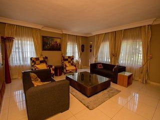 Ozidu House - Deluxe Room 1