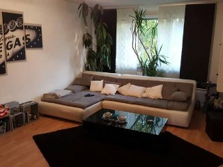 2 Room 58qm apartment with parkingplace & near to the underground