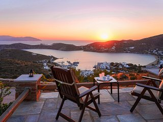 Cycladic Lux Private Villa in Unrivaled Position