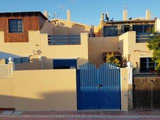 Duplex-Haus 'La Cabana' 2 SchlafZi, Sonnenterrasse mit Meerblick, WiFi Gratis