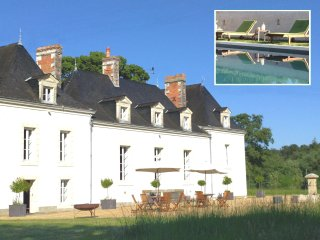 Private Loire Valley Chateau with 9 Bedrooms, Pool & Tennis Court