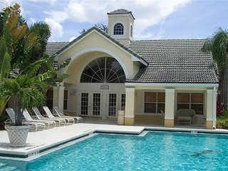 Gorgeous Resort Type Condo Ideal For Families