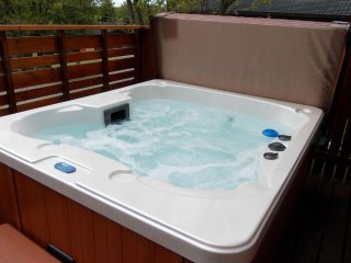 Birch Lodge 13 with Hot Tub - Beautiful lodges situated on Scotland's