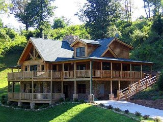Lookout Lodge is located at the top of Dogwood Farms with a beautiful view.