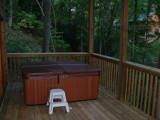 A gorgeous log cabin awaits you at Hidden Heart.