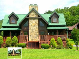 Great valley floor cabin, sit on deck facing pool and enjoy mountainous views