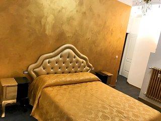 secret rHome #5 - Luxury Inn in Rome!