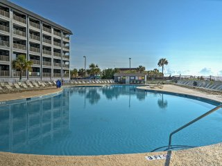 NEW! Vibrant 2BR Myrtle Beach Condo on the Beach!